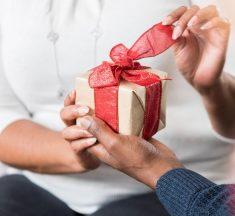 Verabschieden Sie sich stilvoll mit 3 Geschenken von oben